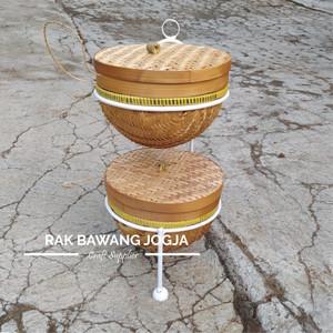 Harga rak bawang rak bumbu susun 2 rak bawang jogja model gantung amp tutup   putih diameter 18   HARGALOKA.COM