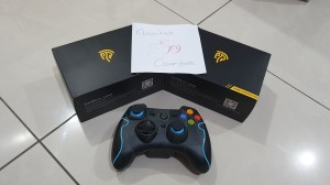 Harga stik easysmx 2 4g controller wireless with vibrate for pc ps   HARGALOKA.COM