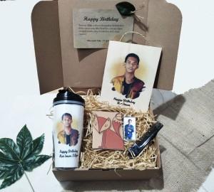 Harga kado hadiah ulang tahun anniversary wisuda cowok pria laki | HARGALOKA.COM