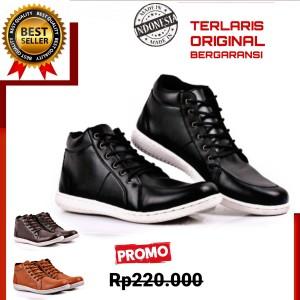 Harga sepatu sneakers pria original lokal tali terbaru terlaris formal | HARGALOKA.COM