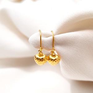 Harga restock anting anak model hati cristal best seller minimalis emas | HARGALOKA.COM
