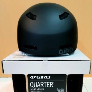 Harga giro quarter mtb helmet   matte black | HARGALOKA.COM