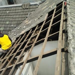 Harga bongkar pasang atap lama ganti baja ringan | HARGALOKA.COM