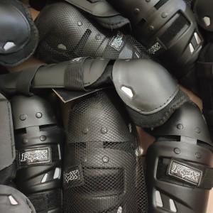 Harga deker dekker decker pelindung lutut dan siku dewasa sepeda motor | HARGALOKA.COM