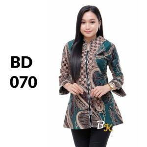 Harga atasan batik seragam batik solo batik kantor baju batik wanita bd 070   | HARGALOKA.COM
