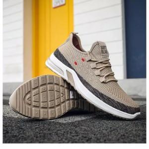 Harga sepatu sneakers pria import sayt   3 warna   cream   HARGALOKA.COM