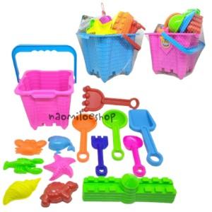 Harga mainan cetakan pasir ember cetakan pasir komplit dengan cetakan istana   ember   HARGALOKA.COM