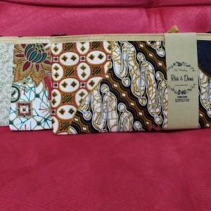 Katalog Undangan Pernikahan Murah Rose 1 Elegan Disain Ok Proses Cepat Katalog.or.id