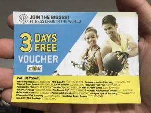 Harga kupon voucher golds gym 3 hari free vocer fitness trial | HARGALOKA.COM