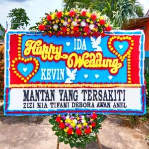 Harga karangan bunga pernikahan | HARGALOKA.COM
