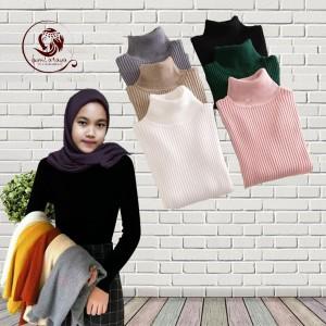 Harga sweater atasan rajut wanita dengan model turtleneck | HARGALOKA.COM
