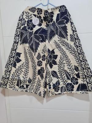 Harga celana batik kulot premium panjang 7 8 motif o   putih biru | HARGALOKA.COM