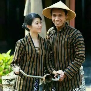 Harga baju preweding lurik adat jawa surjan lurik couple   | HARGALOKA.COM