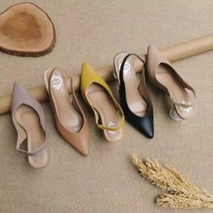 Harga sepatu wanita high heels marsha   komara   hitam   HARGALOKA.COM