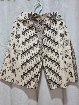 Harga celana batik kulot premium panjang 3 4 motif b   | HARGALOKA.COM