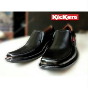 Harga sepatu pantofel pria kickers steven     HARGALOKA.COM