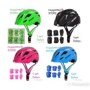 Harga helm sepeda anak adjustable ada lampu belakang nya dan 1 set deker   | HARGALOKA.COM