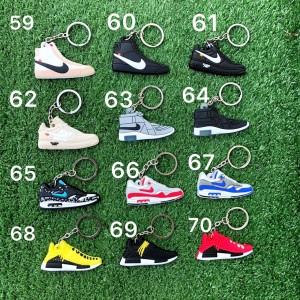 Harga sneakers keychain   gantungan kunci sepatu air jordan yeezy | HARGALOKA.COM