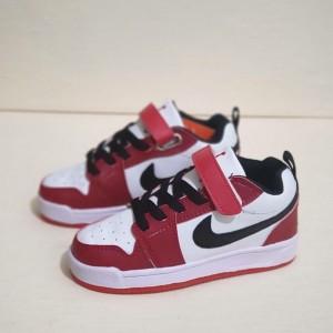 Harga sepatu sneakers anak laki laki nike air jordan low chicago | HARGALOKA.COM