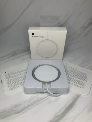 Harga magnetic magsafe wireless charger for iphone 12 iphone 12 pro | HARGALOKA.COM