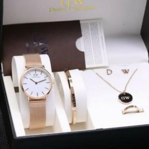 Harga jam tangan wanita dw bonus kalung gelang cincin dan anting   rosegold | HARGALOKA.COM