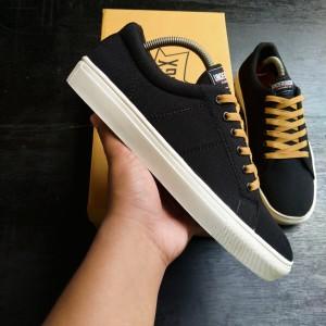 Harga sepatu sneakers pria underdogx footwear sepatu distro bisa cod   hitam | HARGALOKA.COM
