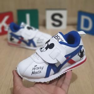 Harga sepatu anak laki laki sepatu anak perempuan sneakers anak 2tahun | HARGALOKA.COM