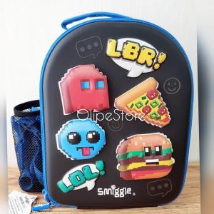 Harga smiggle   hits curved hardtop lunchbox with strap tas bekal black | HARGALOKA.COM