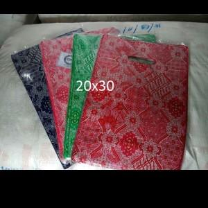 Harga hd oval batik uk 20 x30 kantong plastik baju platik online | HARGALOKA.COM