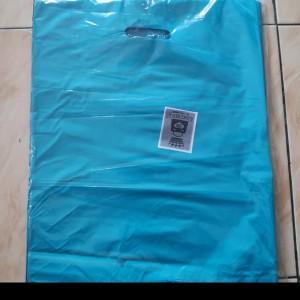 Harga hd oval polos uk 35 x 45 kantong plastik baju plastik | HARGALOKA.COM