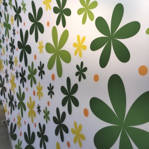 Harga fiber plastik penutup pagar motif bunga   HARGALOKA.COM