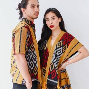 Harga baju couple kemeja pria dress silang bahan tenun etnik kode sae18   kemeja cowok | HARGALOKA.COM