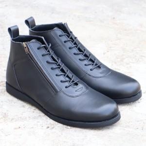 Harga sepatu pria model brodo sleting zip   hitam   HARGALOKA.COM