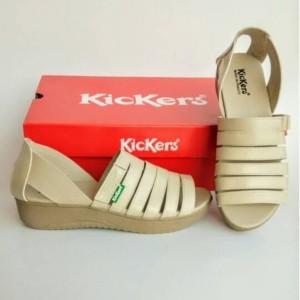 Harga sandal wanita sepatu cewe sepatu kickers women kode 010   krem | HARGALOKA.COM