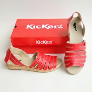 Harga sepatu cewe sandal wanita sepatu sandal kickers women kode 018   merah | HARGALOKA.COM