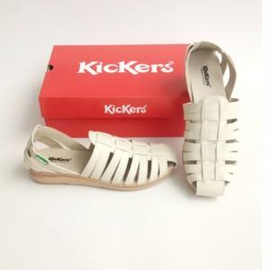 Harga sepatu cewe sandal wanita sepatu sandal kickers women kode 019   krem | HARGALOKA.COM