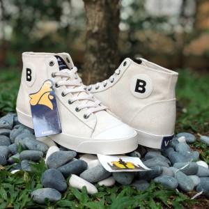 Harga sepatu brodo vantage high white sneakers pria   putih | HARGALOKA.COM