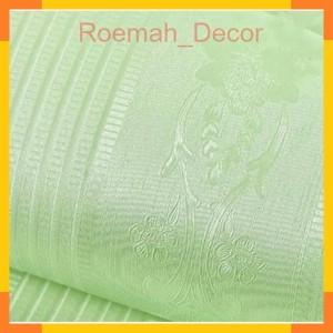 Harga polos hijau tekstur batik garis 45 cm x 10 mtr wallpaper | HARGALOKA.COM