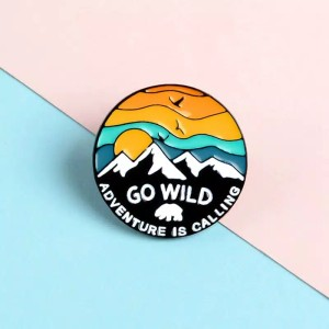 Harga bros pin jilbab adventure wild pendaki | HARGALOKA.COM