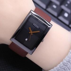 Harga jam tangan wanita fs888 terlaris model kotak tali kulit 5 varian warna     HARGALOKA.COM