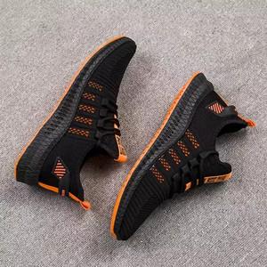 Harga sepatu sneakers import berkualitas berbahan elastis nyaman dipakai   hitam orange   HARGALOKA.COM