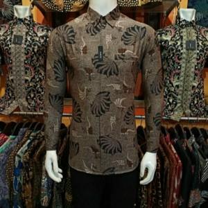 Harga kemeja batik pria modern lengan panjang original   seperti di foto | HARGALOKA.COM