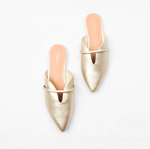 Harga urban amp co essentials shoes fuka   gold | HARGALOKA.COM