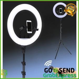 Harga lampu ring light raksasa led kamera 18 inch with 3 holder hp   HARGALOKA.COM