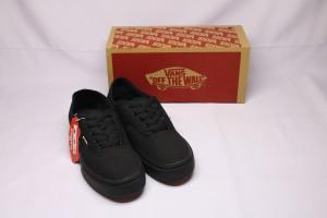 Harga sepatu premium original bnib vans authentic hitam murah berkualitas   | HARGALOKA.COM