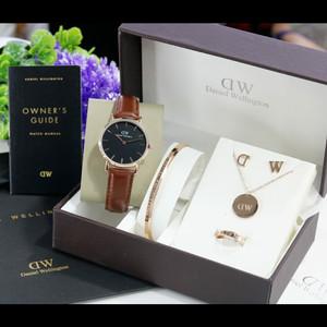 Harga jam tangan wanita analog dw 3341lbr kulit fashion wanita   coklat | HARGALOKA.COM