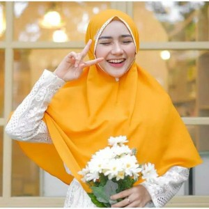 Harga a21 jilbab instan kerudung bergo maryam renda khimar tali moscreepe   on   HARGALOKA.COM