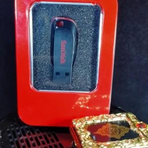 Harga flashdisk murottal quran 30 juz 16gb free quran mini ganci   | HARGALOKA.COM