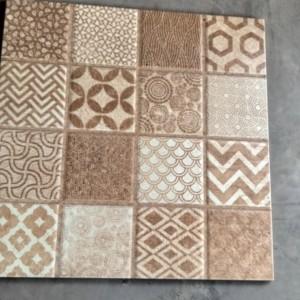 Harga kramik lantai 40x40 motif batik timbul | HARGALOKA.COM