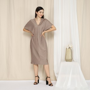 Harga less4more lareina dress   dress pleats bumil hamil   | HARGALOKA.COM